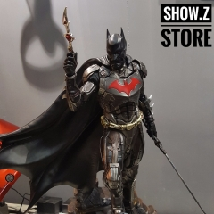 Batman 1:4 Full Body Statue with Extra eapon and Amor