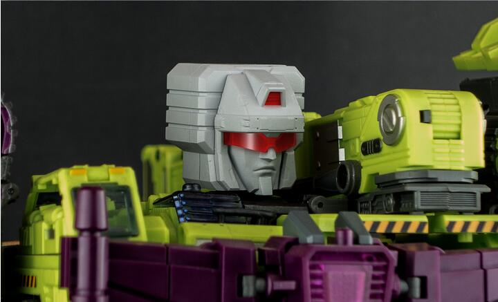 New Transformers Generation Toy GT-09 Devastator Upgrade Kit In Stock