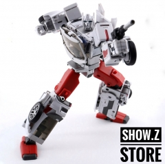 Generation Toy Guardian GT-08A Sergeant Defensor Streetwise