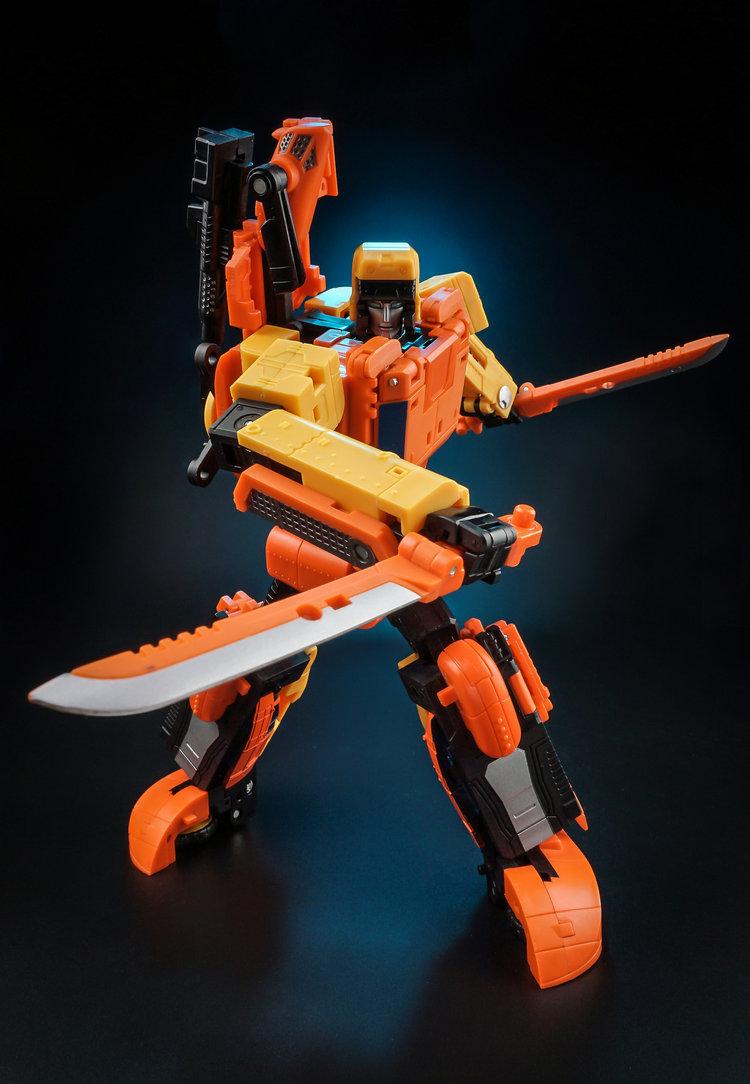 Transformers Unique Toys Ut Y-03 Three Change Sandstorm Sworder Blade Warrior