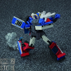 [Pre-Order] Takara Tomy Masterpiece MP-19+ Smokescreen